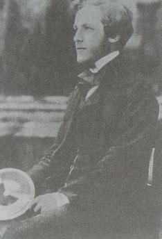 Wykładowca fizyki w instytucie im. Cavendisha w latach 1871-1879, wielki fizyk James Clerk Maxwell